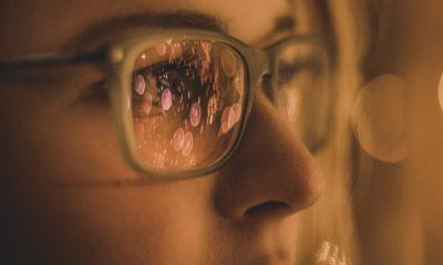 Dinlendirici gözlük diye bir şey var mı?