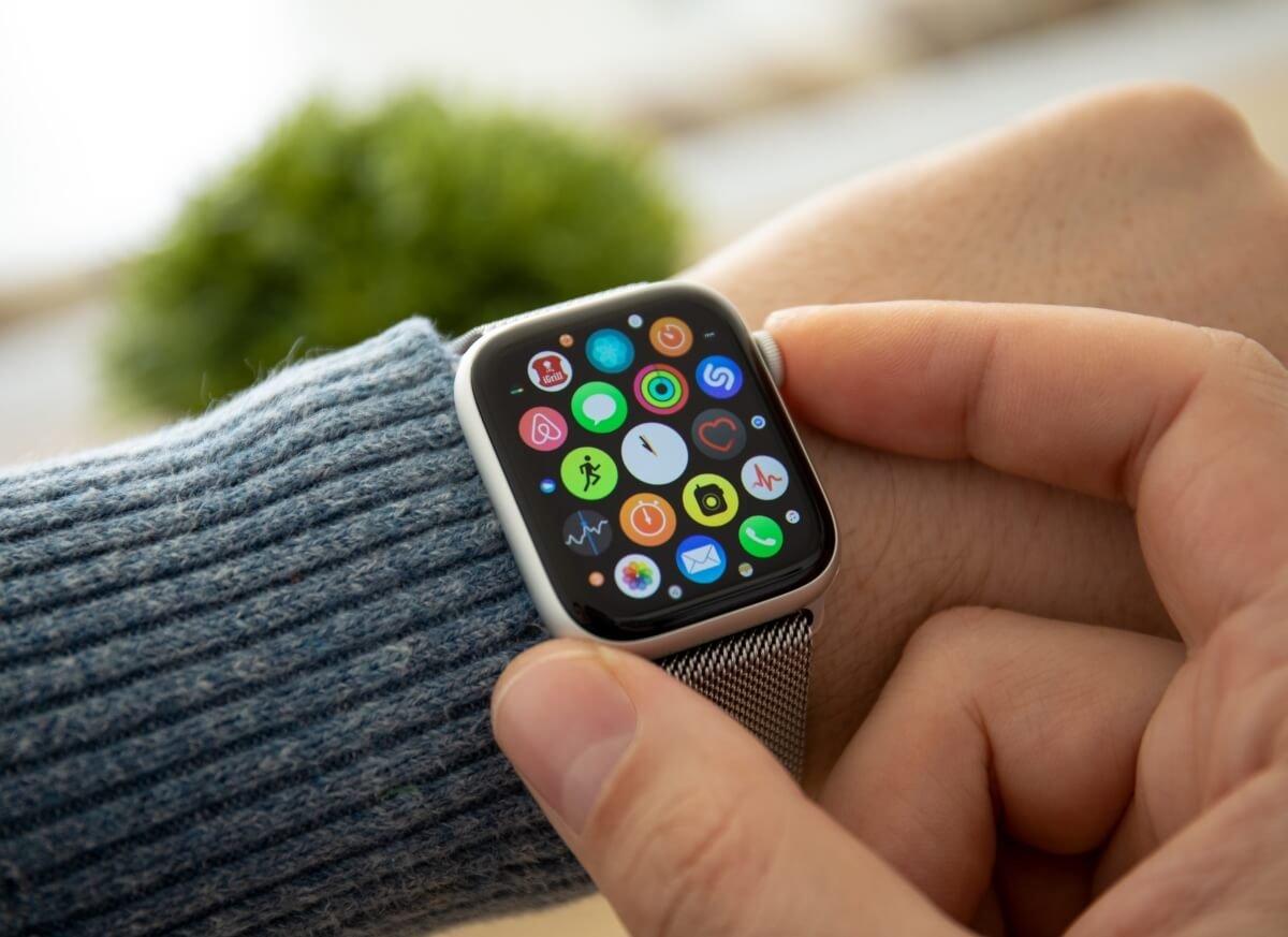 Apple Watch 6 kandaki oksijen seviyesini ölçebilecek