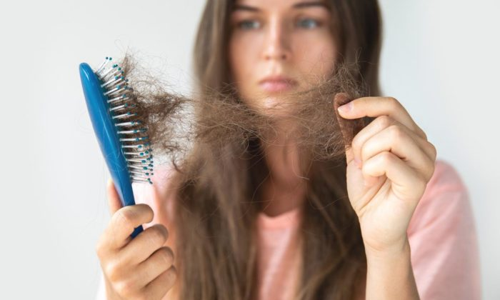 Kötü beslenme alışkanlığı saç dökülmelerine neden olabiliyor