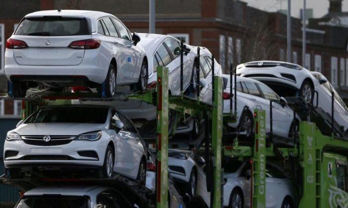 Avrupa'da otomobil satışları eridi