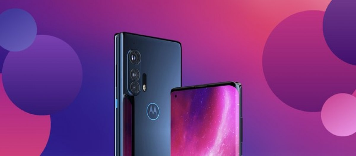 Motorola sahalara geri döndü: Üst seviye Edge+ tanıtıldı
