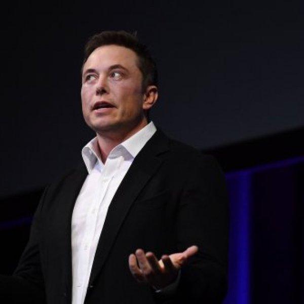 Elon Musk yasağı deldi: Tesla üretime başlıyor