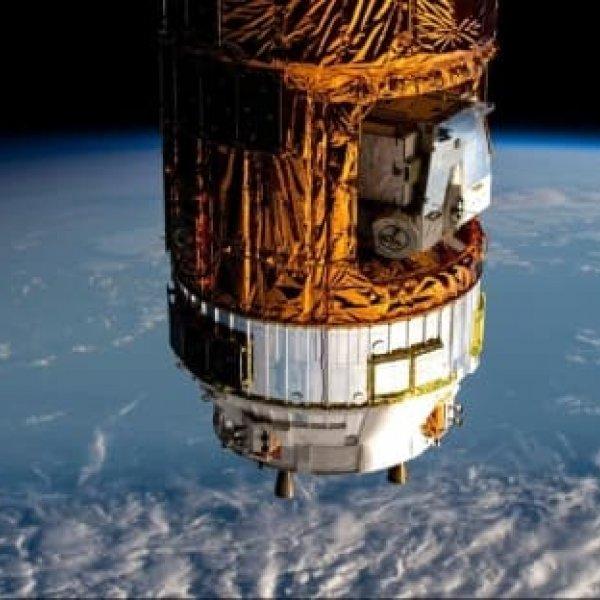 Japonya'nın kargo mekiği, uzay istasyonuna ulaştı