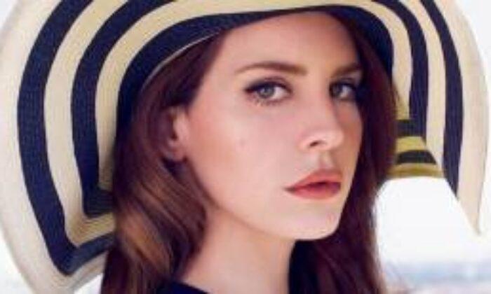 Lana Del Rey: Beyonce Yapınca Övülüyor