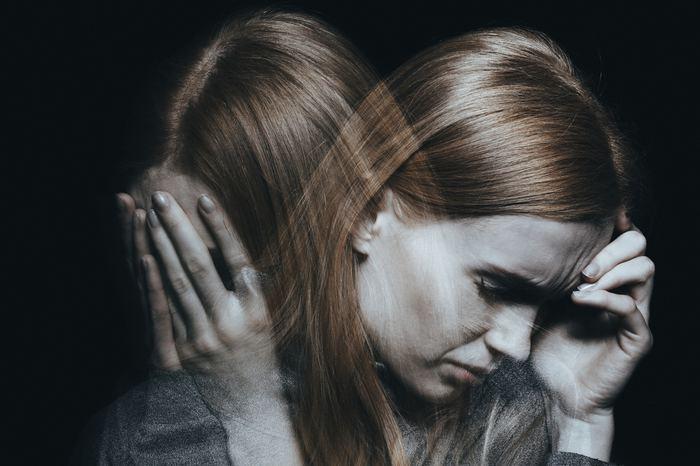 Travma sonrası stres bozukluğu nedir? Virüsü ağır atlatanlar...
