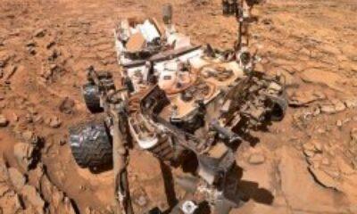 NASA'nın aracı Mars'ta garip bir kaya keşfetti
