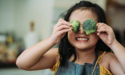 Uzmanından ebeveynlere uyarı: Çocuklarınızı sebze ve meyve tüketmeye…