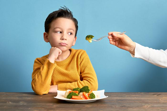 Uzmanından ebeveynlere uyarı: Çocuklarınızı sebze ve meyve tüketmeye...