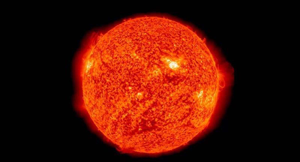 Bilim insanları uyardı: Güneş patlamaları iletişimi olumsuz etkileyebilir