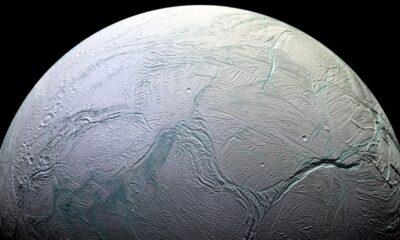 Enceladus nedir