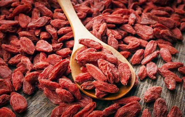 Goji berry (kurt üzümü) nedir? Faydaları nelerdir?