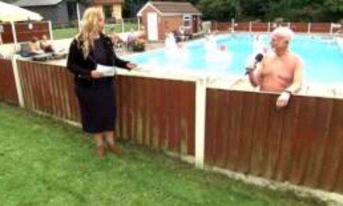 İngiliz Televizyonlarında Utandıran An! Muhabir Canlı Yayındayken Çıplak Vatandaş Kameralara Yansıdı