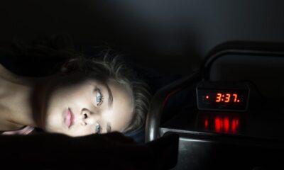 Neden alışık olmadığımız yerde uyuyamıyoruz? İşte ilk gece etkisi…