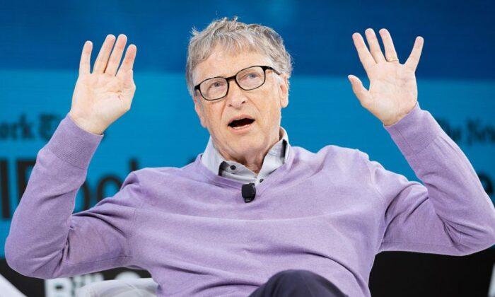 Bill Gates, maske takmayanları nüdistlere benzetti