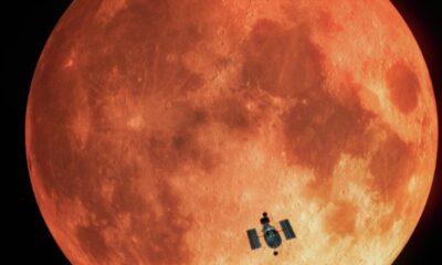 Hubble Uzay Teleskobu, Ay'ı ayna olarak kullandı