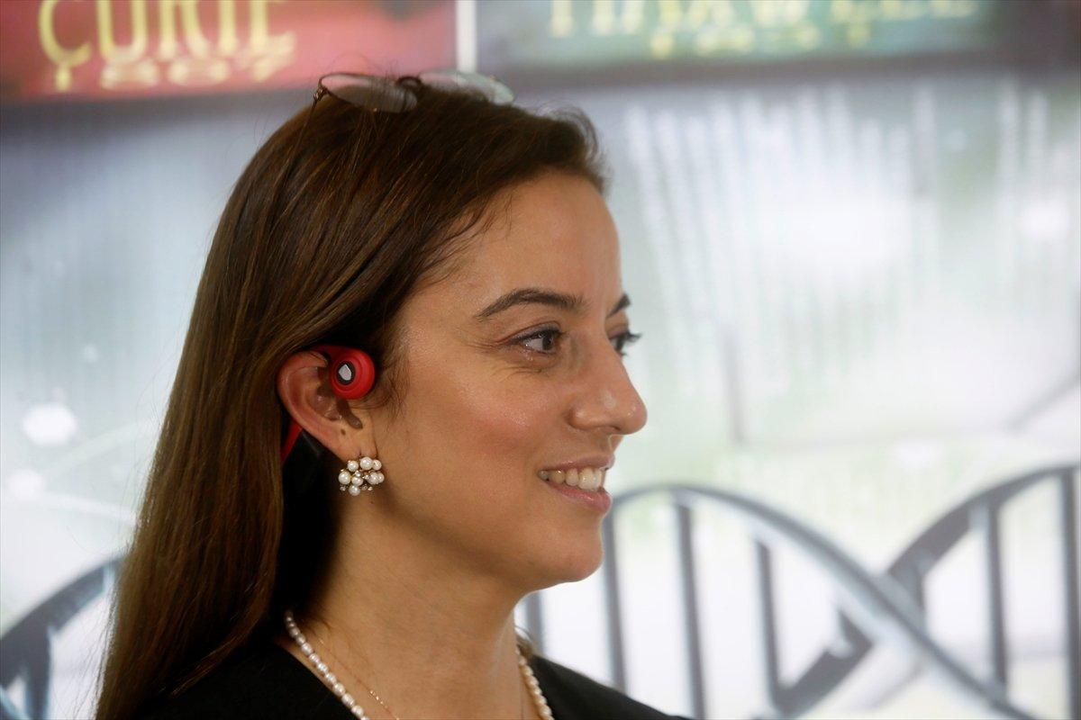 İÜ'lü öğretim üyesi, işitme engelliler için kulaklık geliştirdi