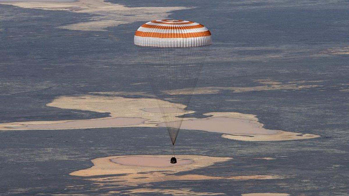 Uzay istasyonunda 6 aydır görev yapan Soyuz MS-16 Dünya'ya indi