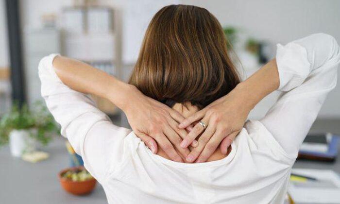Boyun tutulmasına ne iyi gelir, nasıl geçer? Evde çözüm ve tedavi…