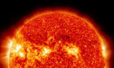 Dünya'dan daha büyük Güneş lekesi Antalya'dan görüntülendi