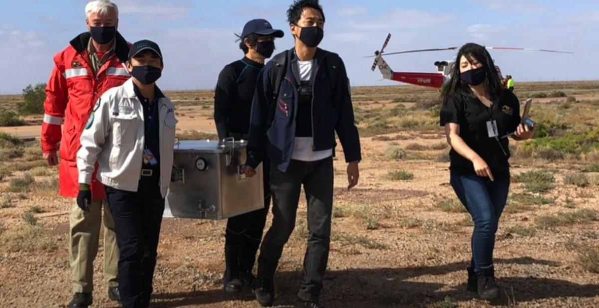 Japonya, Ryugu göktaşından topladığı örneklerin görüntüsünü paylaştı