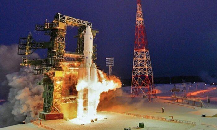 Rusya, Angara-A5 roketini fırlattı