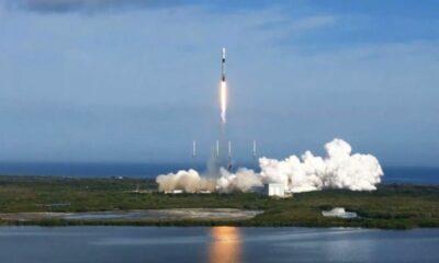 SpaceX, Sirius XM-7 uydusunu uzaya fırlattı