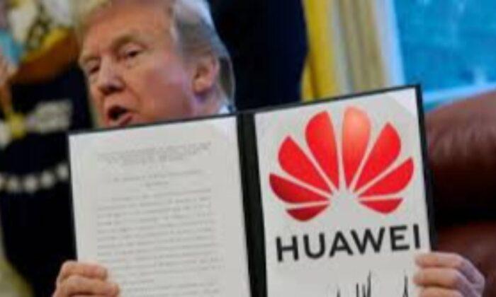 Donald Trump, markaların Çinli şirketlerden ürün tedarik etmesini yasakladı