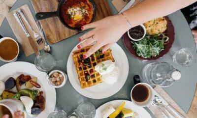 Hızlı yemek yeme alışkanlığınız varsa dikkat!
